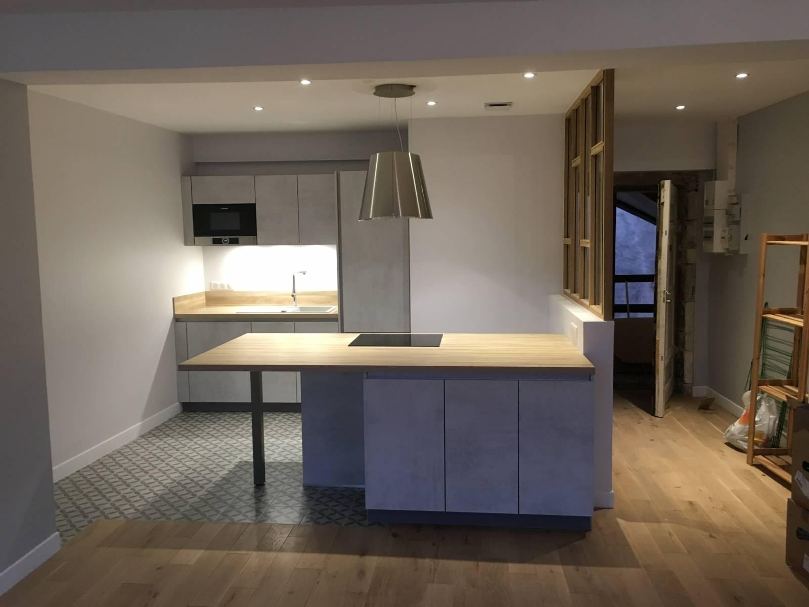 cuisine avec verriere bois lyon 6 cuisiniste haut de gamme lyon am nagement cuisine. Black Bedroom Furniture Sets. Home Design Ideas