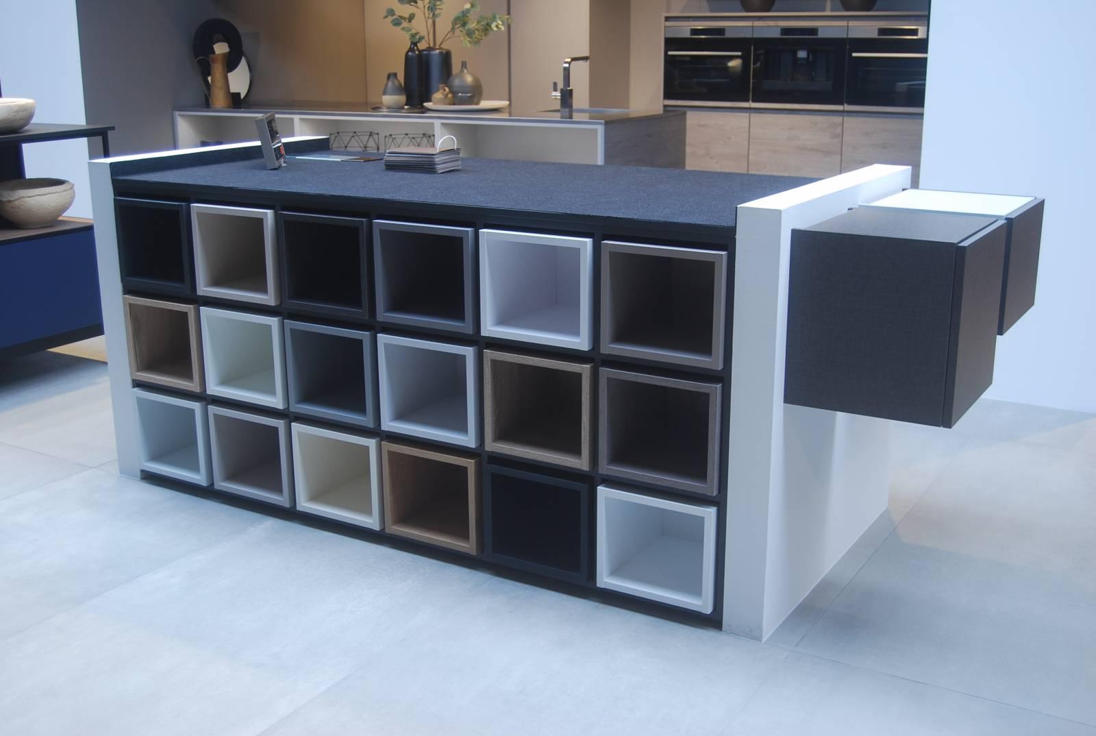meubles de cuisine montes en usine gallery of dduction de votre achat notre concepteur vous. Black Bedroom Furniture Sets. Home Design Ideas