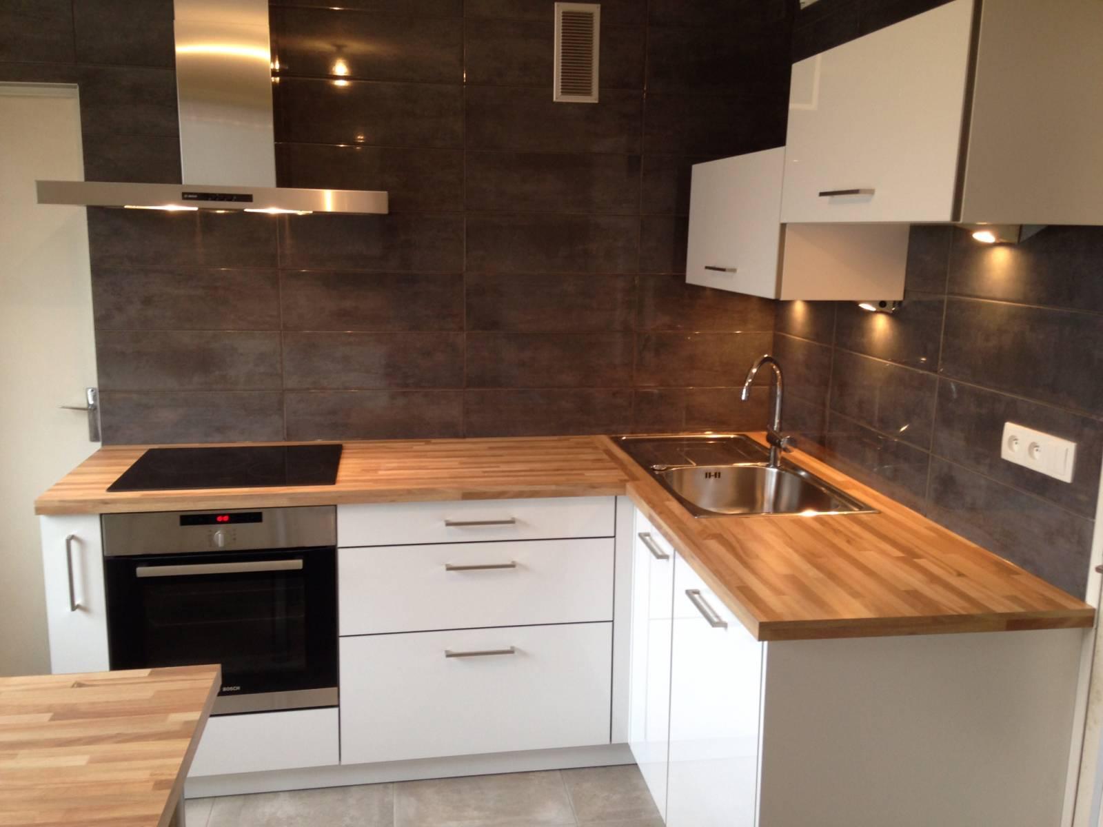 prix cuisine quip e pose comprise lyon cuisiniste. Black Bedroom Furniture Sets. Home Design Ideas