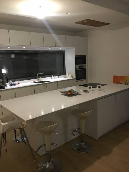 Cuisine blanche laqu lyon 4 69004 cuisiniste haut de gamme lyon am nagement cuisine - Schott cuisine ...